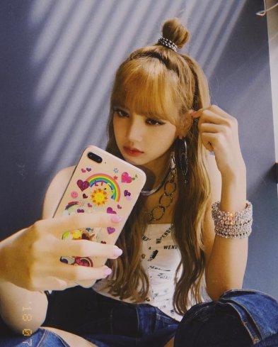 BLACKPINK LISA Instagram photo 10 July 2018 lalalalisa_m 6