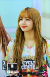 BLACKPINK Lisa Airport Photo 26 July 2018 Gimpo 9
