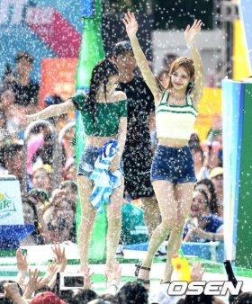 BLACKPINK Lisa Sprite Waterbomb Festival Seoul 56