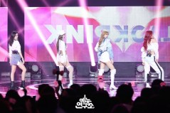 BLACKPINK MBC Music Core white outfit 30 June 2018 photo 3