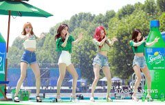 BLACKPINK-SPRITE-ISLAND-WATERBOMB-FESTIVAL-SEOUL-21-July-2018-photo-11