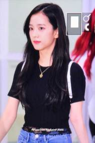 BLACKPINK-UPDATE-Jisoo-Airport-Photo-20-July-2018-Back-From-Japan-3