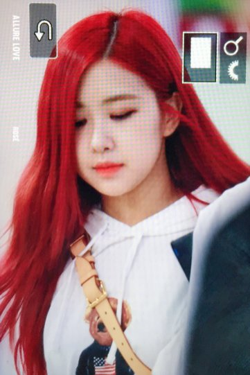 BLACKPINK UPDATE Rose Airport Photo 20 July 2018 Back From Japan 3