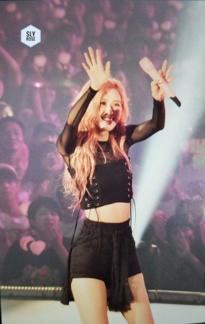 BLACKPINK UPDATE Rose Japan Arena Tour 2018 Day 2 Osaka 20