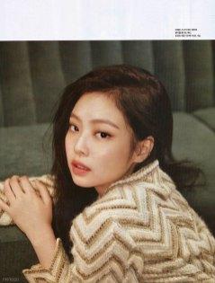 Scan-BLACKPINK-Cosmopolitan-Korea-Magazine-August-2018-Issue-Jennie