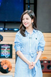 blackpink-jisoo-mbc-unexpected-q-behind-the-scenes-4