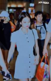 BLACKPINK-Jennie-Airport-Photo-23-August-2018-Gimpo-29
