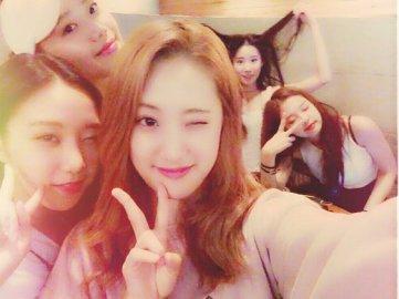 BLACKPINK Jennie Chahee 2