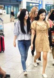 BLACKPINK-Jennie-Jisoo-Jensoo-Airport-Photo-18-August-2018-Incheon-10