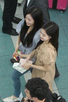 BLACKPINK-Jennie-Jisoo-Jensoo-Airport-Photo-18-August-2018-Incheon-17