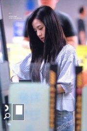 BLACKPINK-Jisoo-Airport-Photo-18-August-2018-Incheon-29