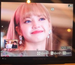 BLACKPINK LISA moonshot central world fansign event bangkok thailand 147