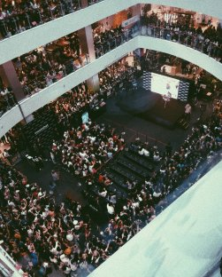 BLACKPINK LISA moonshot central world fansign event bangkok thailand 22