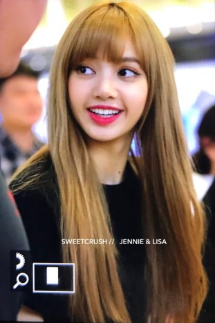 BLACKPINK Lisa Airport Photo 23 August 2018 Gimpo 10