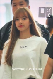 BLACKPINK Lisa Airport Photo 8 August 2018 Incheon to Jakarta Indonesia 39
