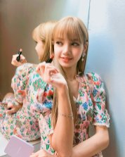 BLACKPINK Lisa Instagram Photo 13 August 2018 lalalalisa m