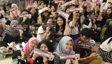 BLACKPINK Lisa Meet and Greet Indonesia fans 5