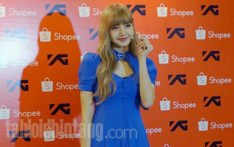 BLACKPINK Lisa meet and greet Jakarta Indonesia press 9