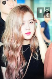 BLACKPINK-Rose-Airport-Photo-18-August-2018-Incheon-22