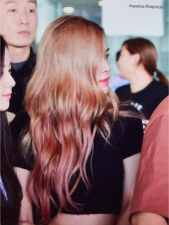 BLACKPINK Rose Airport Photo 18 August 2018 Incheon 5