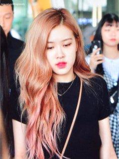 BLACKPINK Rose Airport Photo 18 August 2018 Incheon 6