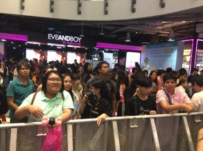 Day 1 BLACKPINK Lisa moonshot fansign event Bangkok Thailand 179