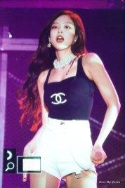 Jennie-BLACKPINK-Japan-Arena-Tour-2018-Day-3-Fukuoka-5