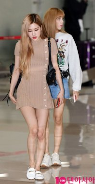 1-BLACKPINK-Rose-Airport-Photo-Gimpo-19-September-2018