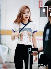 1. BLACKPINK Rose Airport Photo 31 August 2018 Gimpo