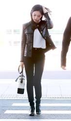 10-BLACKPINK Jennie Airport Photos Incheon to France Paris Fashion Week