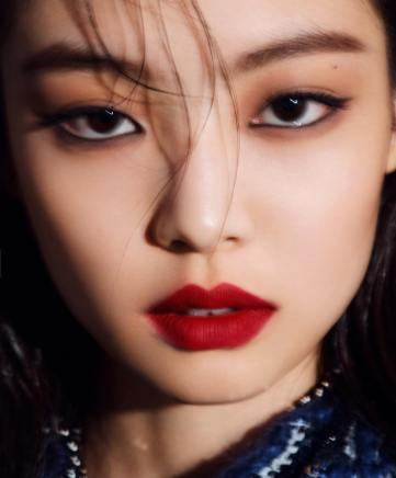 10-BLACKPINK Jennie Marie Claire Magazine Photoshoot No Logo