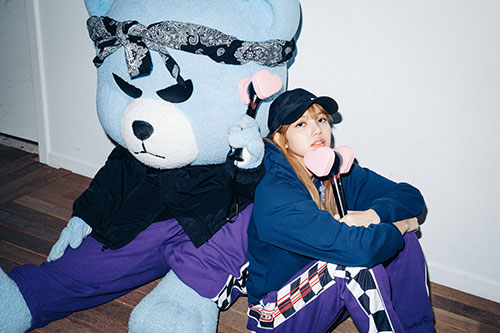 10-BLACKPINK Lisa X-girl Japan 2nd Nonagon Collaboration