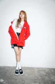 12-BLACKPINK Lisa X-girl Japan Nonagon Collaboration