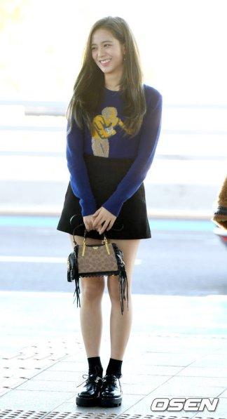 13-BLACKPINK Jisoo Airport Photo Incheon New York Fashion Week