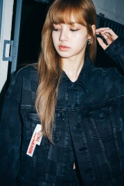 14-BLACKPINK Lisa X-girl Japan Nonagon Collaboration