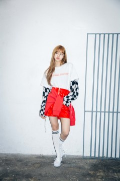 16-BLACKPINK Lisa X-girl Japan Nonagon Collaboration