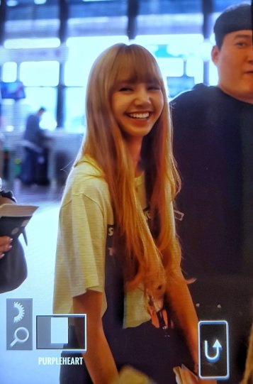 18-BLACKPINK Lisa Airport Photo 17 September 2018 Gimpo to Japan