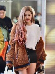19-BLACKPINK Rose Airport Photo Incheon New York Fashion Week