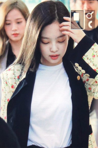 2-BLACKPINK Jennie Airport Photo 17 September 2018 Gimpo to Japan