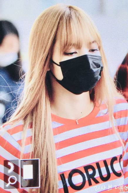 2-BLACKPINK Lisa Airport Photo Incheon Seoul From New York