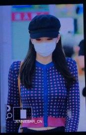 20-BLACKPINK-Jennie-Airport-Photo-Gimpo-19-September-2018-hat