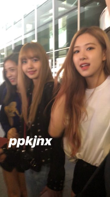 21-BLACKPINK Jisoo Rose Lisa JFK Airport Photo New York City