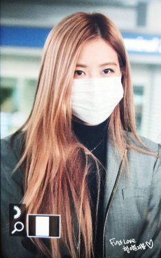 23-BLACKPINK-Rose-Airport-Photo-Incheon-Seoul-From-New-York