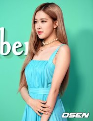 24-BLACKPINK-Rose-Mulberry-Event-Seoul-6-September-2018