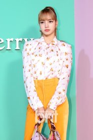 25 BLACKPINK Lisa Mulberry Seoul Event 6 September 2018