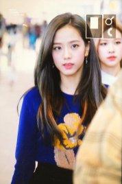 28-BLACKPINK Jisoo Airport Photo Incheon New York Fashion Week