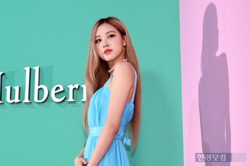 28-BLACKPINK-Rose-Mulberry-Event-Seoul-6-September-2018