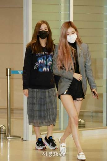 3-BLACKPINK-Jisoo-Airport-Photo-Incheon-Seoul-From-New-York