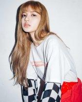3-BLACKPINK Lisa X-girl Japan Nonagon Collaboration