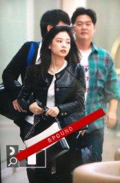 4-BLACKPINK Jennie Airport Photos Incheon to Paris Fashion Week